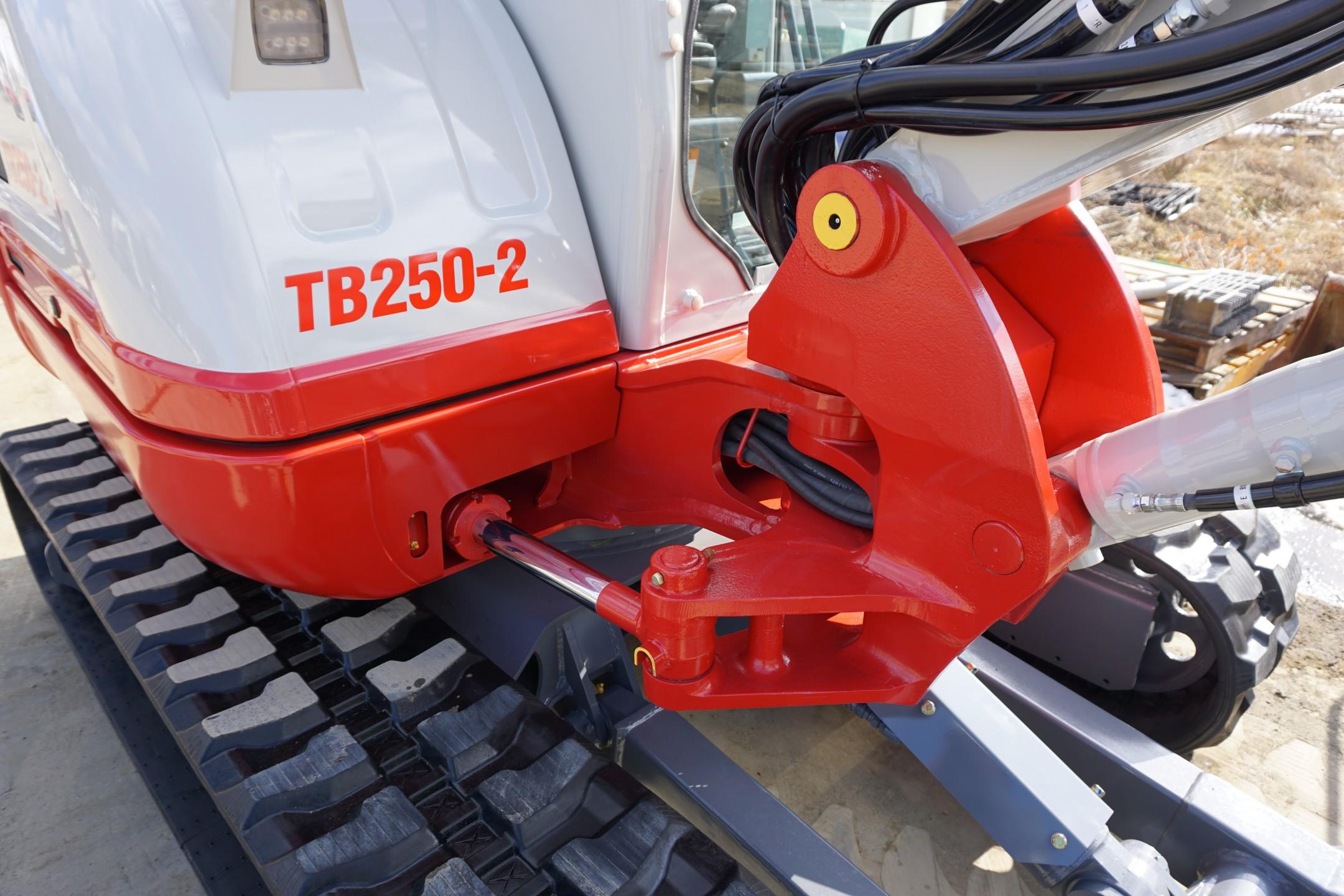 Photo du produit TAKEUCHI TB250-2